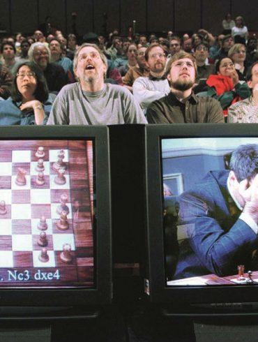 Kasparovs bolt from the blue